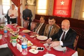 Lokantacılar ve Pastacılar Odası Cumhur İttifakı Belediye Başkan Adaylarını ağırladı