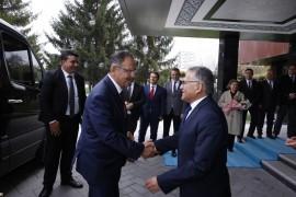 AK Parti Yerel Yönetimlerden Sorumlu Genel Başkan Yardımcısı Özhaseki, Başkan Büyükkılıç'ı ziyaret etti