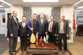 Başkan Palancıoğlu'na sazlı sözlü tebrik