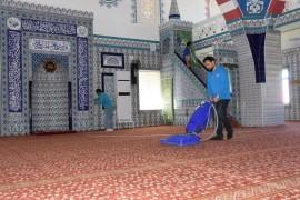 Kocasinan'da Camiler Ramazan Ayında da Gül Kokuyor