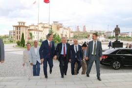 Başkan Büyükkılıç, Kayseri'nin turizmden daha büyük pay alması için yeni açılımlar getirmeye devam ediyor