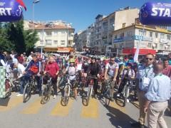 Grand Prix Erciyes Erkekler Bisiklet Yarışı Develi'de Start Aldı