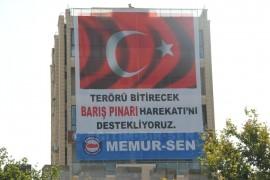 Barış Pınarı Harekatı'na Memur-Sen'den Pankartlı destek